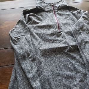 Athletic wear pullover/B1A